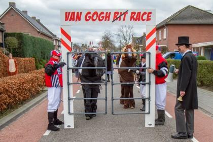 1e prijs: Vriendengroep - De Van Gogh race