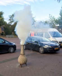 Witte rook in 't Narre-gat!
